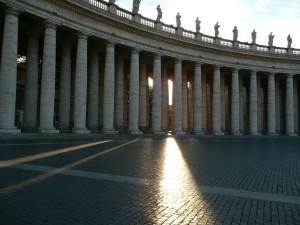 Colonnato-Piazza-San-Pietro-300x225
